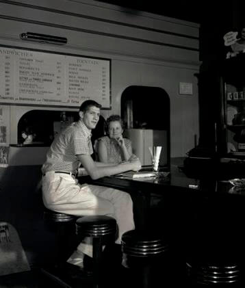 Halbrook en un bar de Portland